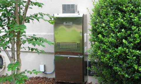tankless-stainless-outside-480